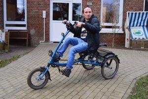 Fahren mit dem Dreirad